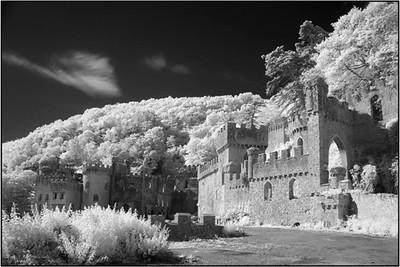 CASTLES OF ENGLAND MARIO PAGE