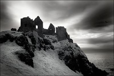 CASTLES OF IRELAND MARIO PAGE